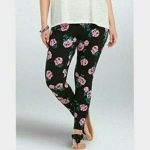 Torrid Following Roses Pink/Black Floral Leggings